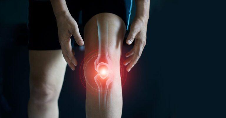ból kolana przy zginaniu